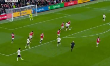 """DERBI I ANGLISË/ Pas një asist nga Jota, Salah ndëshkon Manchester United. """"Old Trafford"""" në heshtje (VIDEO)"""
