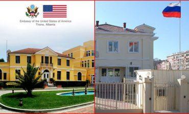 """DEBATI/ Liria e shtypit """"përplas"""" SHBA dhe Rusinë në Tiranë. Ambasada ruse replikon me atë amerikane"""